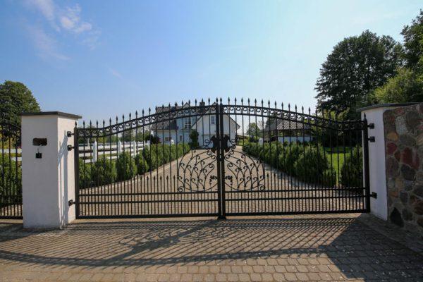 biuro nieruchomości nowy tomyśl 600x400 - Dom wolnostojący, 5 pokoi, 214 m2 - Grubsko, k. Nowego Tomyśla