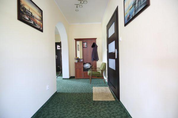 dom na sprzedaż 600x400 - Dom wolnostojący, 5 pokoi, 214 m2 - Grubsko, k. Nowego Tomyśla