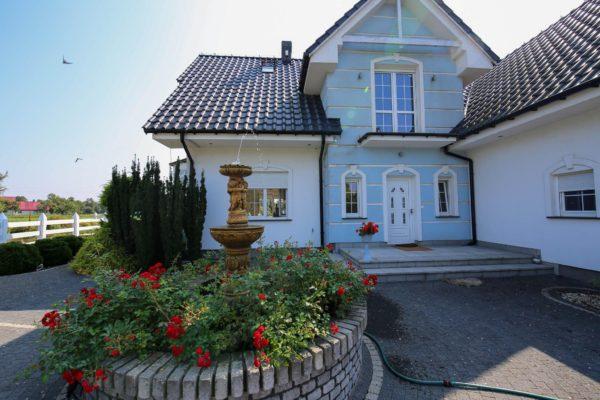 przepiękna posiadłość grusko 600x400 - Dom wolnostojący, 5 pokoi, 214 m2 - Grubsko, k. Nowego Tomyśla