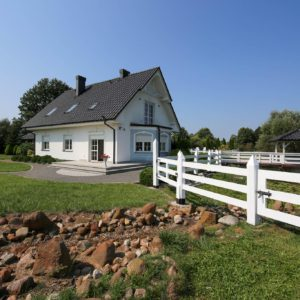 staw 300x300 - Dom wolnostojący, 5 pokoi, 214 m2 - Grubsko, k. Nowego Tomyśla