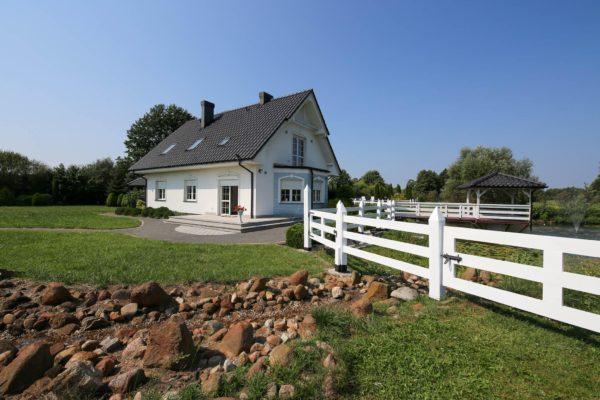 staw 600x400 - Dom wolnostojący, 5 pokoi, 214 m2 - Grubsko, k. Nowego Tomyśla