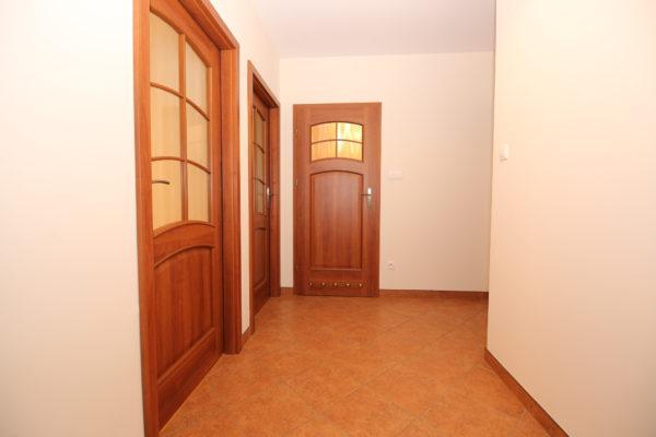 nieruchomości poznań 600x400 - 3 pokoje, 1 piętro - Poznań, Podolany, Strzeszyńska