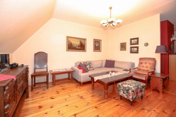 przestronne mieszkanie na sprzedaż murowana goślina 600x400 - 4 pokoje, 4 piętro - Murowana Goślina, ul. Długa
