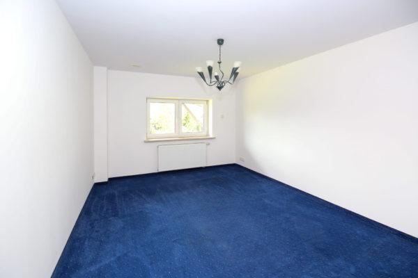 dom do remontu 600x400 - Dom wolnostojący, 7 pokoi, 329 m2 - Luboń, ul. 11 Listopada