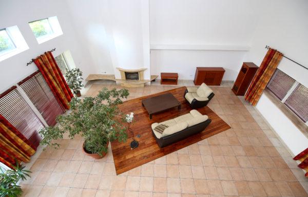 dom firma luboń 600x385 - Dom wolnostojący, 7 pokoi, 329 m2 - Luboń, ul. 11 Listopada