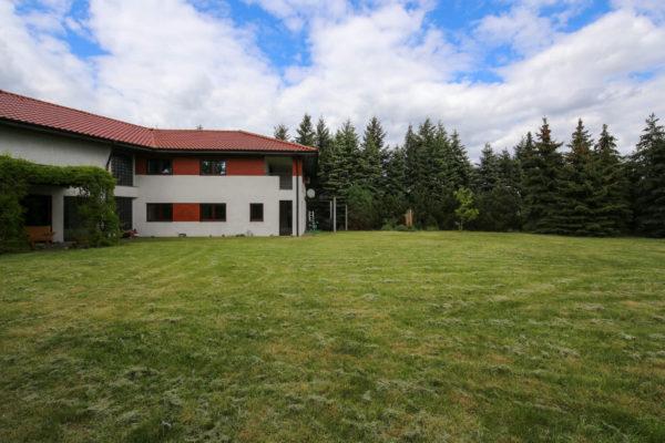 dom z ogrodem w luboniu 600x400 - Dom wolnostojący, 7 pokoi, 329 m2 - Luboń, ul. 11 Listopada
