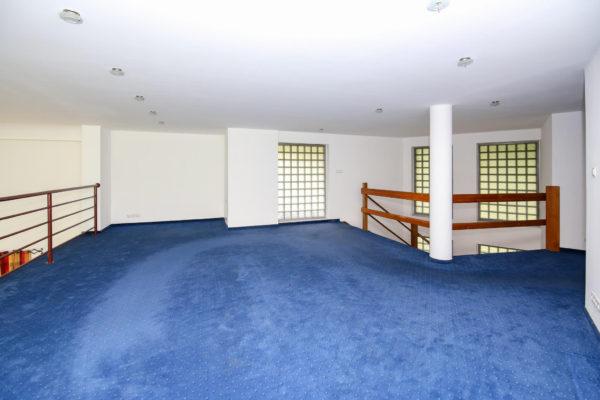 dom z potencjałem 600x400 - Dom wolnostojący, 7 pokoi, 329 m2 - Luboń, ul. 11 Listopada